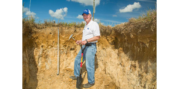 Fragipan Field Day showcases research