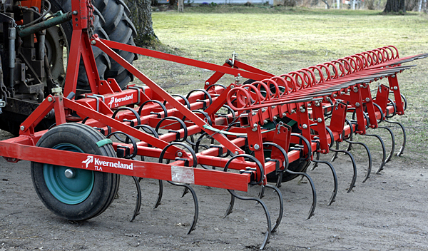 Man dies after being pinned under tractor harrow