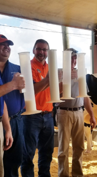 Florida 4-H agent wins milking contest