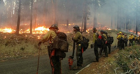How fierce fall & winter winds help fuel fires