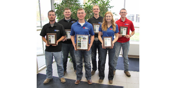 First-place college bowl team, front, l-r: Dakota Dowson, Clayton Schowe and Lori Jackson; back, l-r: Connor Walker, Austin Dennison and Nathan Goebel. (Courtesy of Lincoln Land Community College)