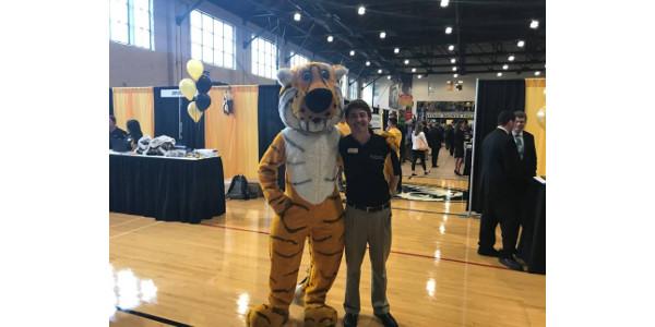 Matt Arri with Truman at the Fall 2018 Fall Internship and Career Fair. (Courtesy of University of Missouri)