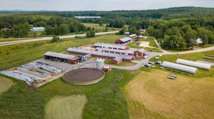 Dairy Farmers of America honors UNH farms