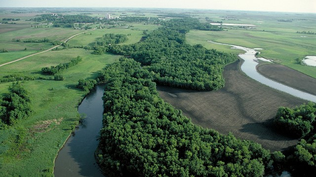 EPA, USDA address excess nutrients in waterways