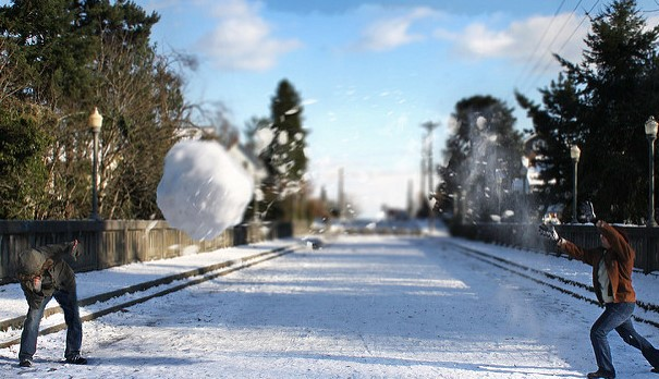Town overturns century-old ban on snowball fights thanks to 9-year-old boy