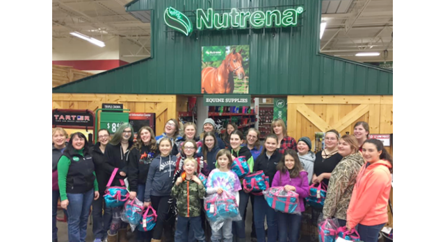 4-H members learn about equine nutrition