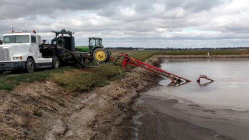 Showers limiting days for spreading manure
