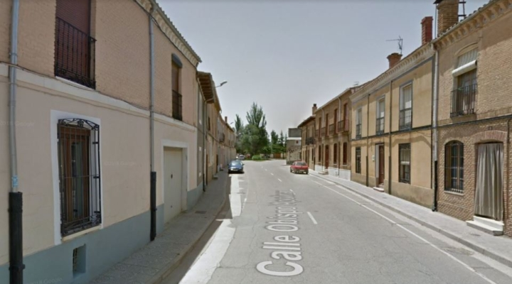 Spanish 'Robin Hood' leaves cash under random villagers' doors