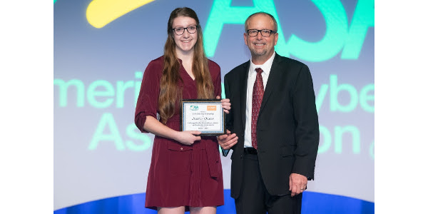 Minnesota student receives soy scholarship