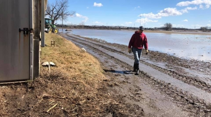 The dirt on soil loss from the Midwest floods | Morning Ag Clips