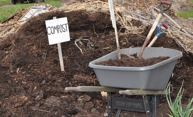 compost garden gardening ((Stock photo via Oregon State University, Flickr/Creative Commons)
