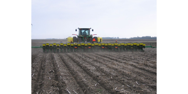 Due to recent rain and snow, only 2% of Minnesota's corn had been planted by April 28, similar to 2018 but 15 days behind the 5-year average, according to the USDA National Ag Statistics Service. (Courtesy of University of Minnesota Extension)
