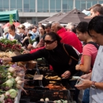 farmers market (Chris Schrier, Flickr/Creative Commons)