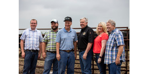 Governor Parson was joined by Director of Agriculture Chris Chinn and leadership from the Missouri Cattlemen's Association and Missouri Beef Industry Council. (Courtesy of Missouri Department of Agriculture)