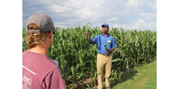 Emmanuel Byamukama, SDSU Extension Plant Pathologist, presenting on crop diseases. (Courtesy of SDSU)