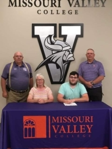 Photo credit: MU Extension  James Scott will join the shotgun squad at Missouri Valley College in Marshall.