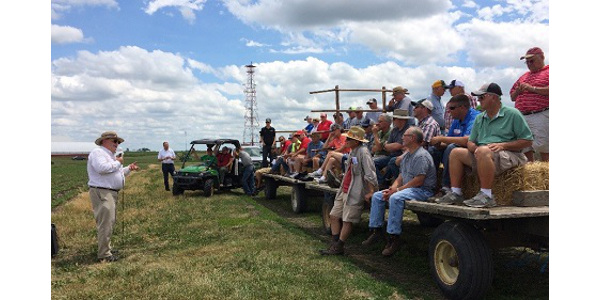 Field day topics will include a season review, edge-of-field practices with water quality, market facilitation program and crop market outlook discussion, and current crop conditions and harvest challenges.(Courtesy of ISU Extension and Outreach)