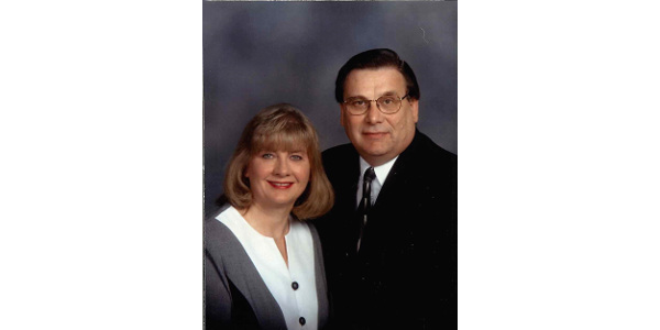 Cheryl Zobel and husband Bob Zobel. (Courtesy of ISU Extension and Outreach)