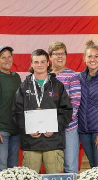 Evans City native takes home senior showmanship title
