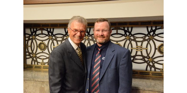 Advocates for ethanol, Former South Dakota Sen. Tom Daschle (left) with South Dakota Farmers Union President, Doug Sombke today in D.C. during the National Farmers Union Fly-In. (Courtesy of SDFU)