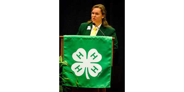 Missouri 4-H President Heather Snow delivering a speech. Snow has been president of Missouri 4-H since June 2019. (Courtesy of University of Missouri Extension)