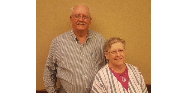Left to right: Phil Knox and Sharron Knox . (Courtesy of K-State Research and Extension)