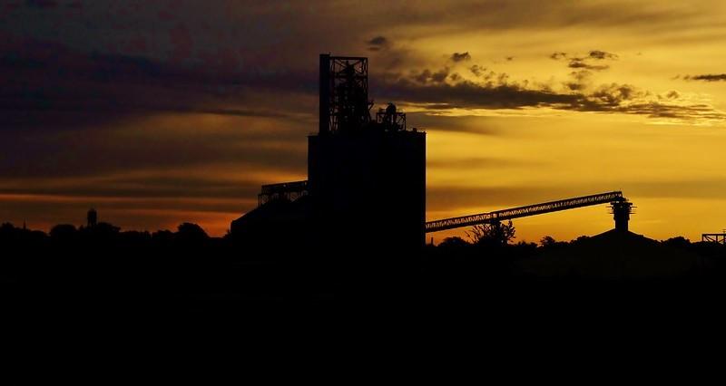 Grain elevators to face revenue pressure in 2020