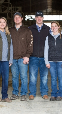Reynolds family recognized with distinguished breeder award