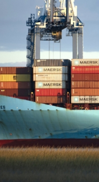 Dairy associations urge White House action on ports crisis